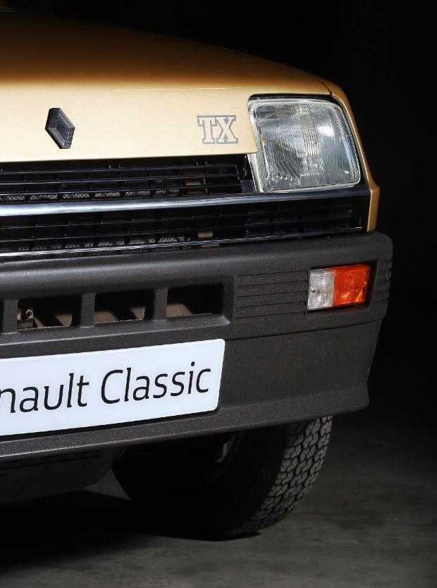 Un jour, des voitures: Renault «de luxe»
